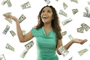 10 نشانه سوء استفاده مالی دوست دخترتان از شما !