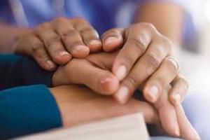 چگونه دوست عزادارمان را دلداری دهیم ؟