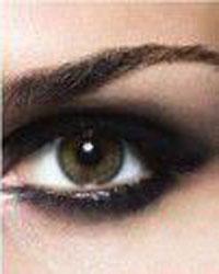 آموزش آرایش چشم دودی (تصویری)