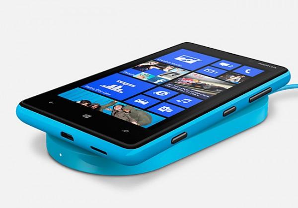 اسمارت فون Lumia 820 نوکیا در انگلستان پیش فروش می شود