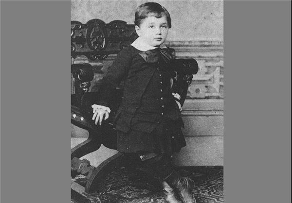 تصاویر دوران کودکی انیشتین