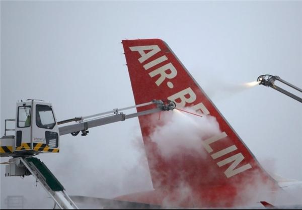 تصاویری از سرما در فرودگاه های آلمان