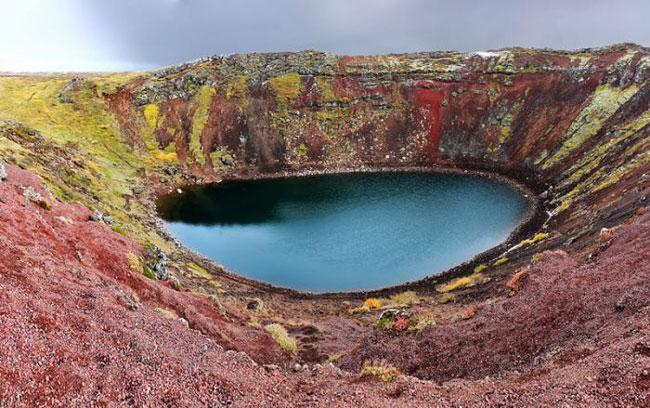 دریاچه های آتشفشانی فوق العاده زیبا + عکس