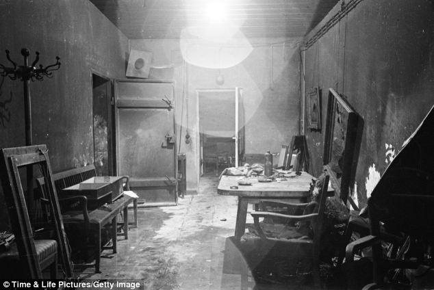 عکس اتاقی که هیتلر و همسرش در آن خودکشی کردند