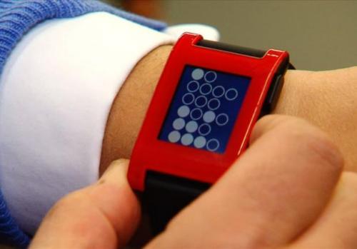 ساعت هوشمند و زیبای Pebble + عکس