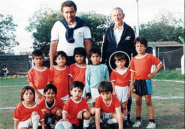 اولین تیم فوتبال لیونل مسی + عکس