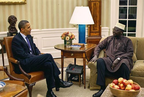 برادر اوباما با ۱۲ همسر رئیس جمهور می شود + تصاویر
