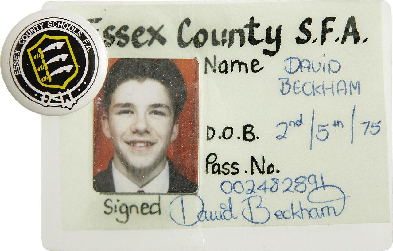 کارت دانش آموزی دیوید بکام + عکس