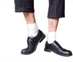 پوشیدن جوراب سفید برای آقایان ممنوع!