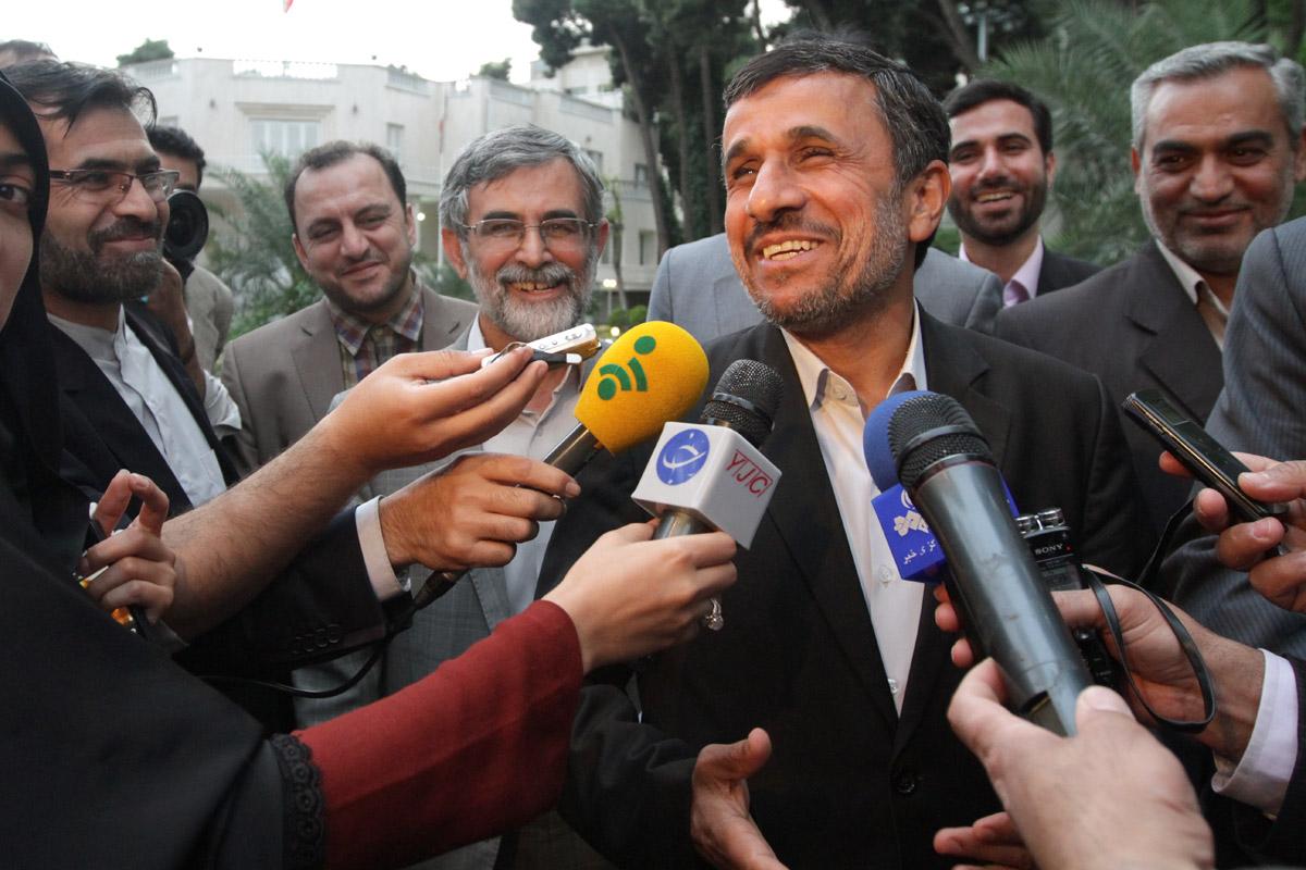 اولین واکنش احمدینژاد به احتمال ردصلاحیت مشایی