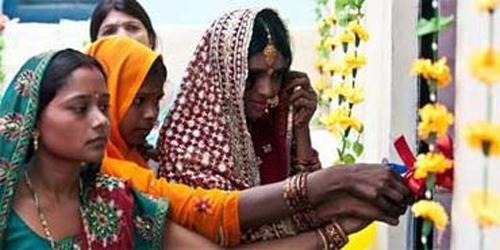 دختران با خانوادههای که سرویس بهداشتی ندارند، ازدواج نکنند!