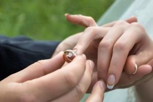 چرا دخترها درخواست ازدواج نمیکنند