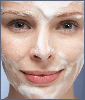 پاکسازی پوست با صابون مناسب