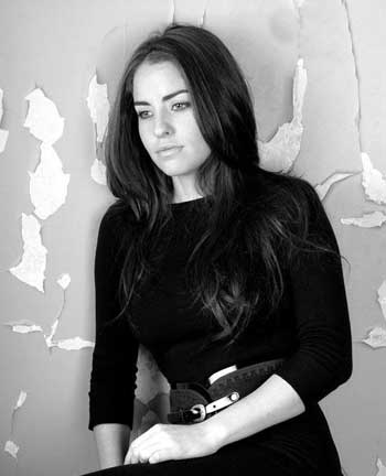 بیوگرافی لامیا بازیگر سریال از بوسه تا عشق + عکس