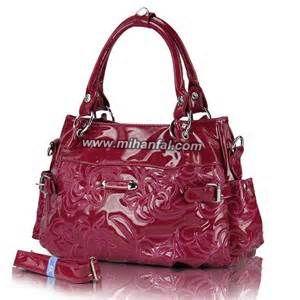 خطرات ناشی از کیف دستی زنانه!