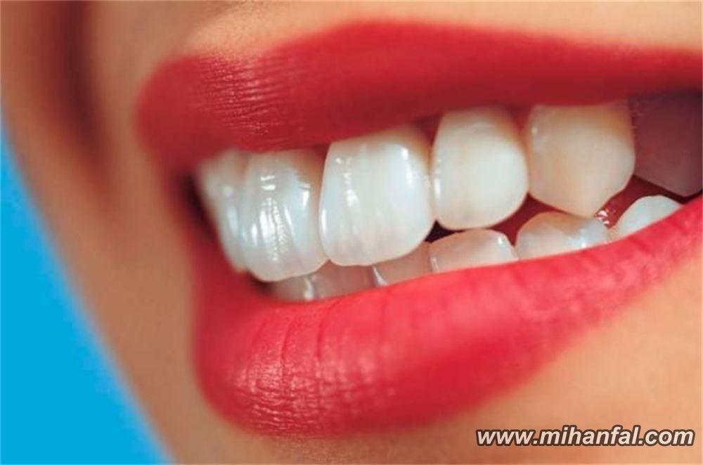 برای سلامت و درخشندگی دندان ها چی بخوریم؟