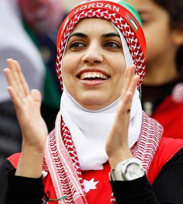عکس جنجالی شباهت یک زن به عادل فردوسی پور!