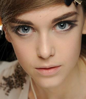 مدل آرایش چشم برای چشم های بزرگ