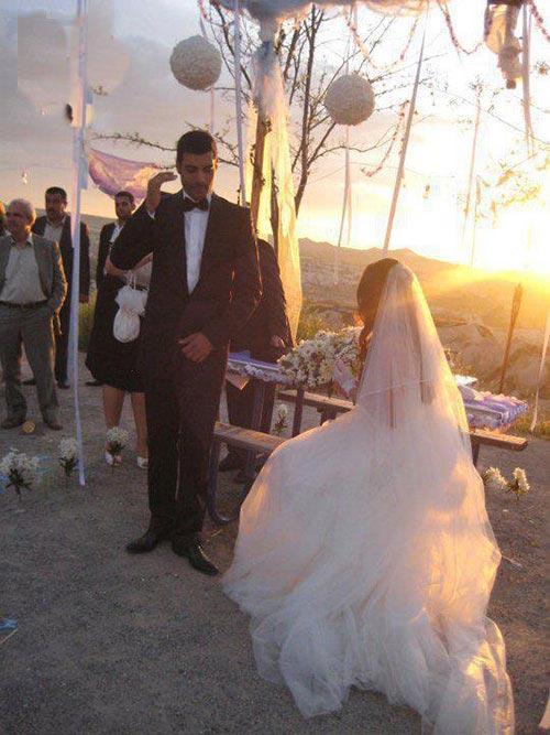 عکسهای ازدواج مرات اونالمیش و بیرجه آکالای