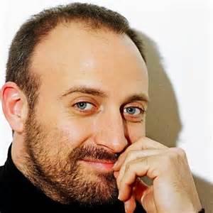 بازیگر سریال حریم سلطان در تظاهرات ترکیه + عکس