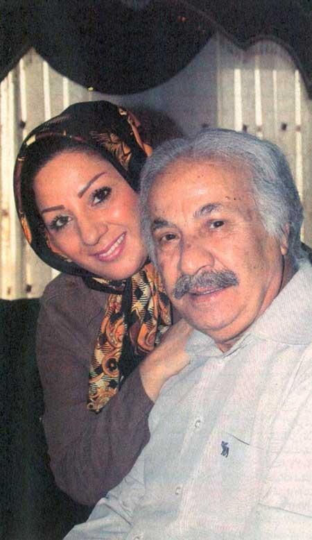 عکس سعید پیردوست در کنار همسر و فرزندانش