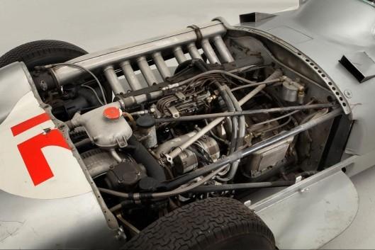 پیکان نقرهای گرانقیمتترین خودروی جهان