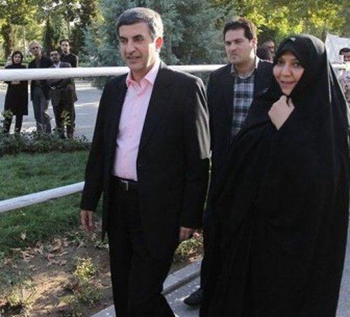 رحیم مشایی و همسرش + عکس
