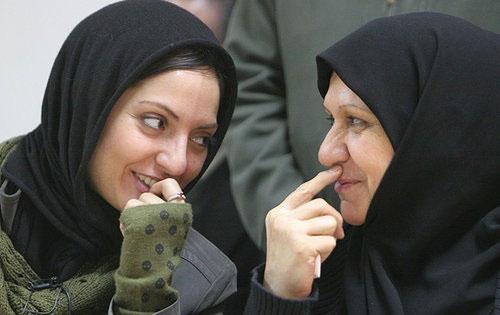 عکس مهناز افشار به همراه مادرش