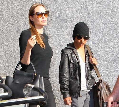 تصاویر جدیدی از آنجلینا جولی و پسرش