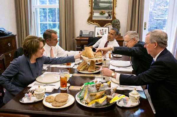 ناهار آقای رئیس جمهور +عکس