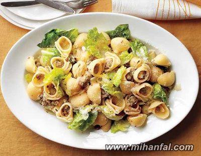 طرز تهیه پاستا با سوسیس و تره فرنگی