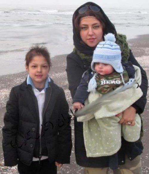 عکسی از همسر و فرزندان شهاب حسینی