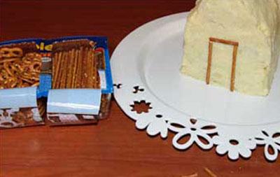 تزئین سالاد الویه به شکل کلبه