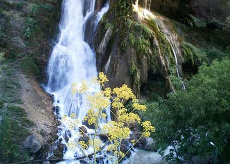ir2348 1 1 آبشارهای دیدنی ایران +تصاویر