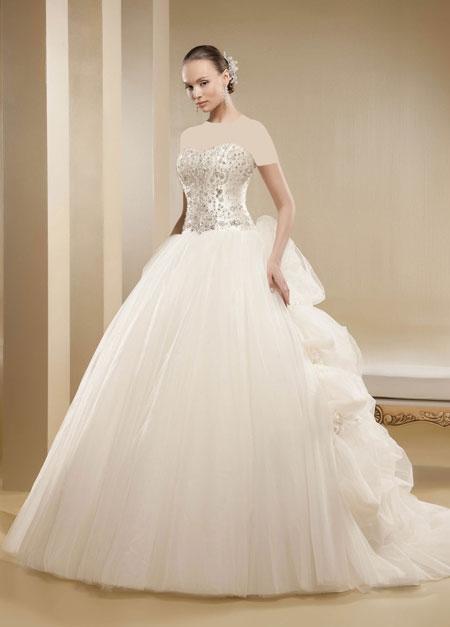 mo9679 مدل های زیبای لباس عروس پرنسسی برند ایتالیایی Nicole