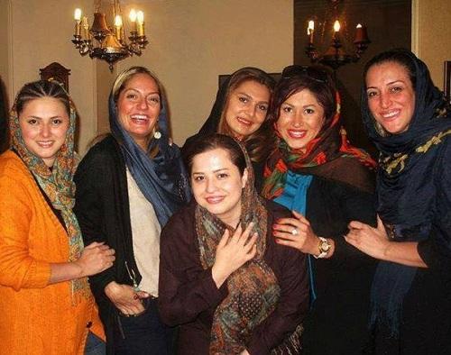 عکسی از مهناز افشار در یک مهمانی خودمانی