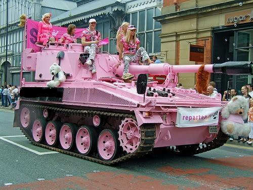 عکسی از سربازی رفتن دخترا!
