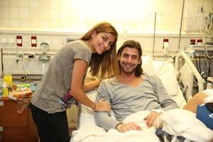 فریدون زندی و همسرش در بیمارستان /عکس