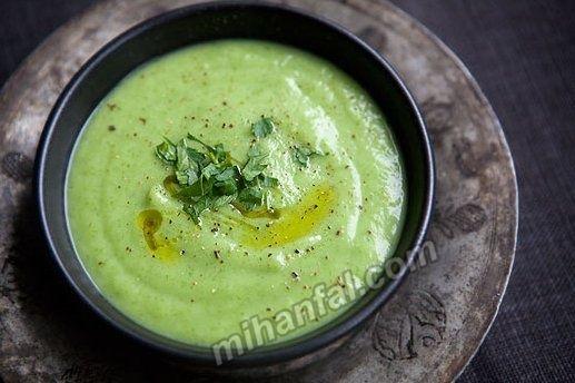 طرز تهیه سوپ هویج و جعفری