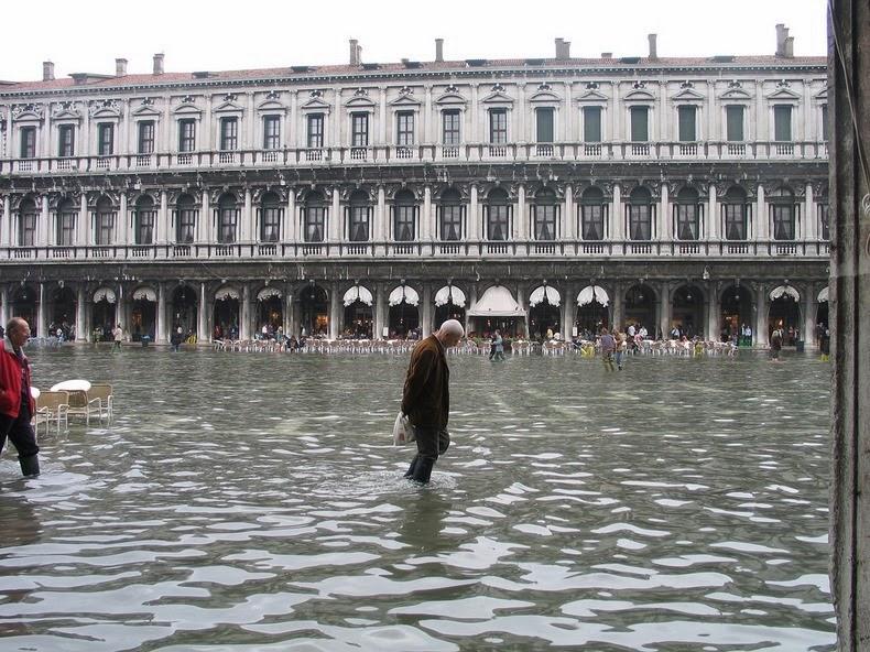 شهری که بطور فصلی زیر آب می رود!