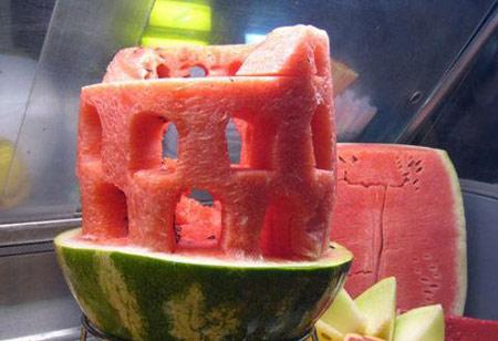 تصاویر جالب و دیدنی از تزیین هندوانه شب یلدا