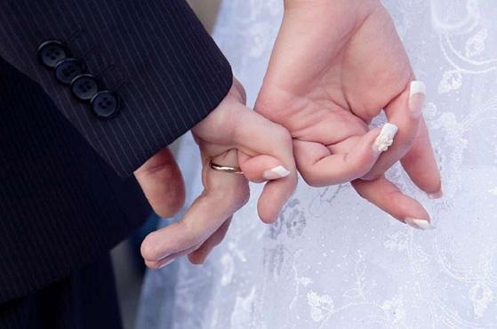 حکم ازدواج دختر بدون اذن پدر از نظر شرعی