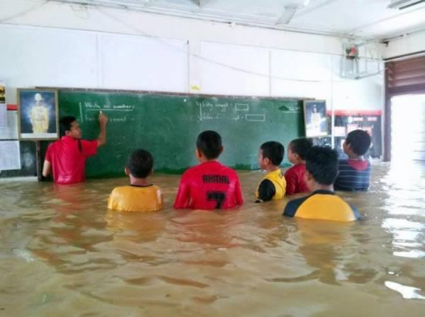 عجیب ترین دانش آموزان دنیا! /تصاویر