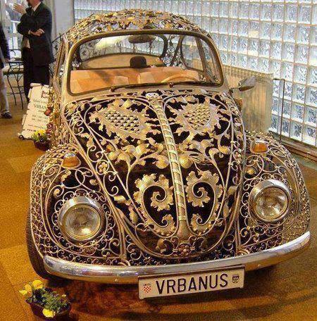 یک ماشین جالب و دیدنی /عکس