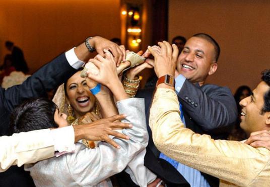 سنت های عجیب ازدواج +تصاویر