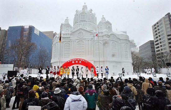 تصاویر جالب و دیدنی از مجسمه های برفی