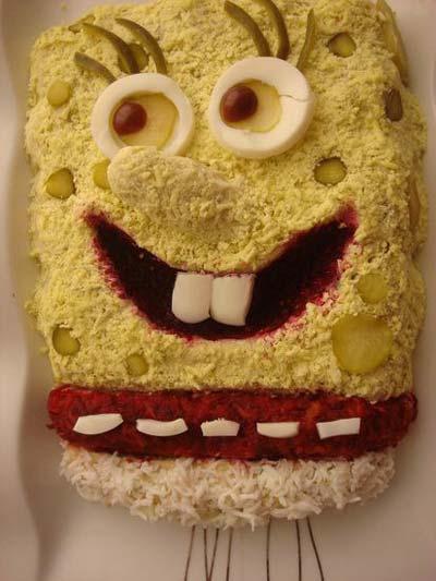 تزیین سالاد الویه به شکل کیک اسفنجی +عکس