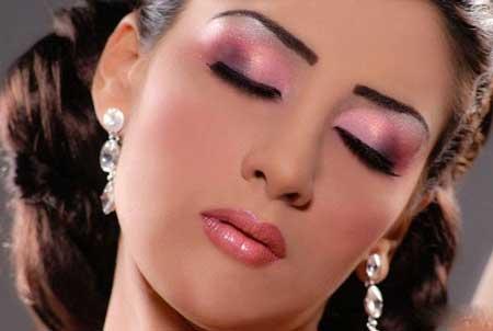 مدل آرایش عید نوروز 93 با تم بنفش