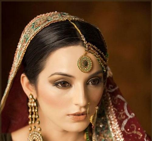 ارایش عروس بسیار ملیح به سبک هندی