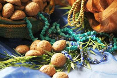 طرز تهیه شیرینی گردویی مینیاتوری مخصوص عید نوروز